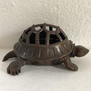 Trầm cụ rùa cao 7cm mã R11